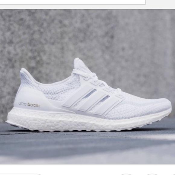 1bc33f1bd97174 Adidas UltraBOOST 2.0 Triple White